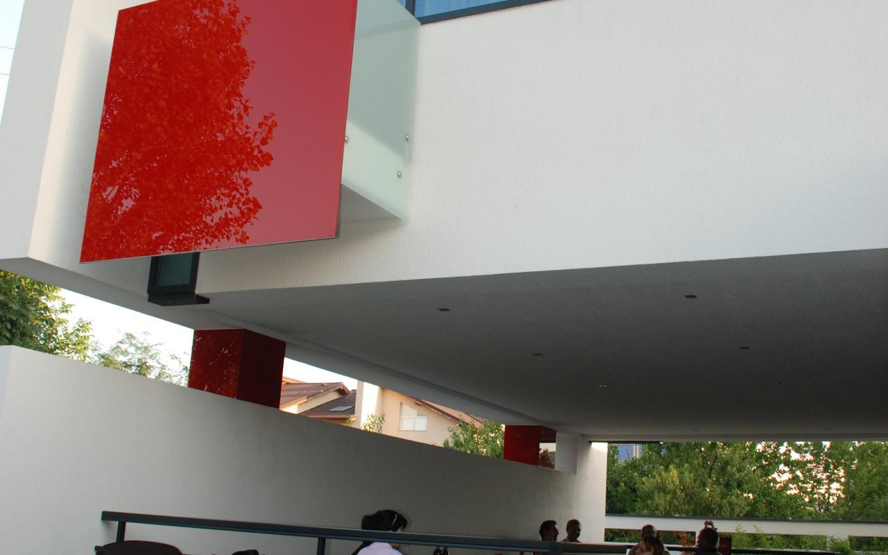 casa moderna popesti leordeni finalizata din portofoliul cub arhitecture